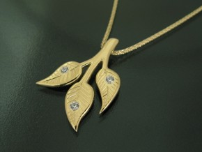 3-leaves-pendant-Prod2